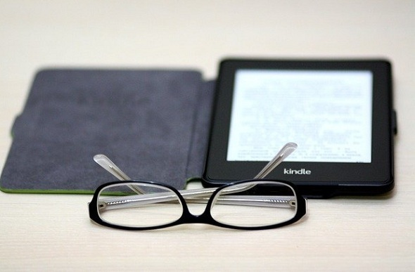 kindle or ipad - choose an ereader that is good for your eyes